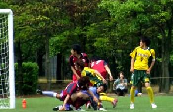 04 Jun 06 - Maruoka Phoenix wrestle with Valiente Toyama
