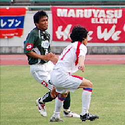 04 Jun 06 - Maruyasu Industry battle FC Gifu before a crowd of 7360