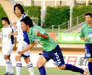 05 Aug 05 - Action from Tottori's home defeat at the hands of JEF Club