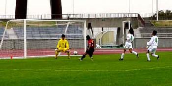 09 Apr 06 - Kazushi Yokoyama nets the winner for Nangoku Kochi