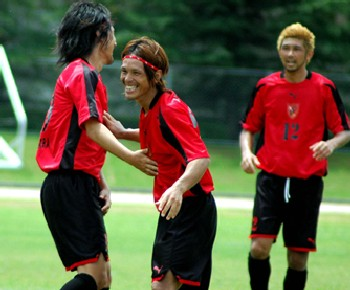 09 Aug 07 - Chirpy for the time being, FC Central Chugoku