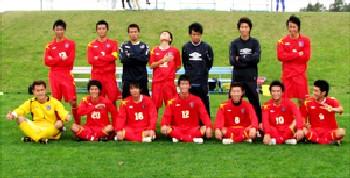 10 Sep 06 - Norbritz Hokkaido line up to celebrate their Hokkaido League title win