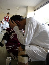 11 Nov 05 - Jyunji Ueda in the dressing room after Sagawa Kyubin's last league game of the season