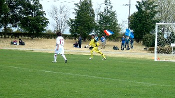 16 Apr 06 - Worst picture of the week? Hitachi Tochigi against Machida Zelvia, anyway