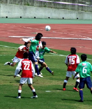 21 May 06 - Goalmouth action from the Mitsubishi Mizushima - SC Tottori game