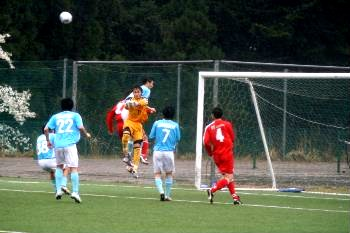 22 Apr 07 - Goalmouth action from NUM against Zweigen Kanazawa