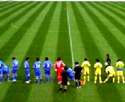 23 Jul 06 - TDK and Sendai Nakata line up before kick-off
