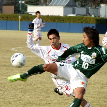 24 Dec 06 - Atsushi Katagiri in action against rubbishy old Honda Lock