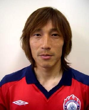 25 Nov 06 - Shigeru Morioka, scorer of Banditonce Kobe's opening goal