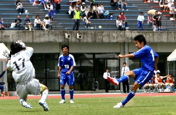 26 May 07 - Fervorosa go for goal against AC Nagano Parceiro