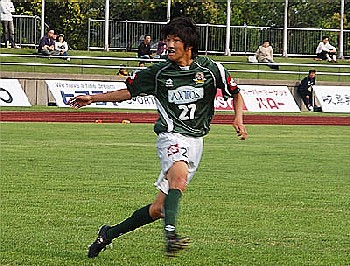 27 May 06 - Yuki Tazawa goals for goal for FC Gifu against Chukyo University