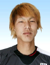 27 May 06 - Shizuoka's Yasuhiro Tanaka, scorer of the winner v Maruyasu Industry