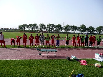 27 May 07 - FC Antelope, fresh as daisies after their win over Maruoka