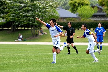 27 May 07 - Yippee, it's goal time for FC Machida Zelvia