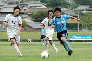 30 Jun 07 - Kamatamare Sanuki in blue doing over Ventana AC