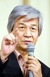 筑紫哲也氏=京都市下京区のシルクホールで2006年12月23日