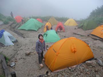 燕山荘幕営地