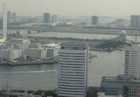 東京ゲートブリッジが見える