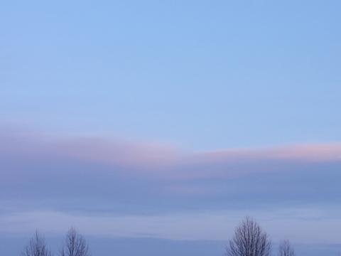 職場地方、夕暮れの雲(2011.03.28)