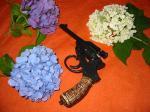 花と二十六年式拳銃
