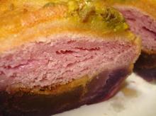 紫芋のブリオッシュ断面