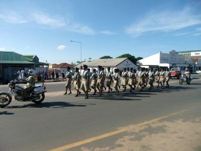 警察の行進