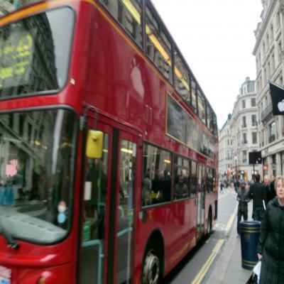 二階立てバス