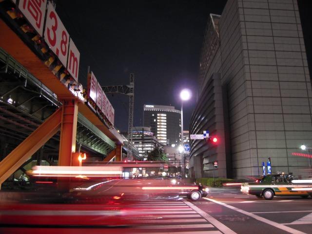 東京国際フォーラム東交差点