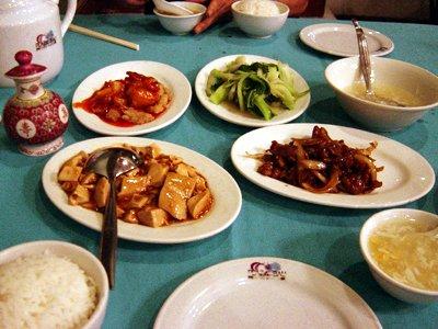 3_1_dinner.jpg