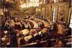 当市は財政が潤沢なので、議会はこのとおりである。