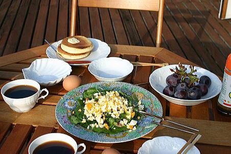 M&M HOUSE テラスにて朝食♪
