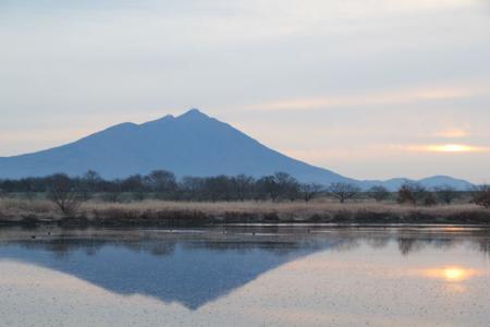 母子島からの筑波山