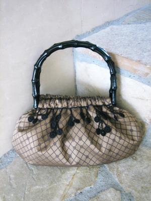 丸モチーフのバッグ