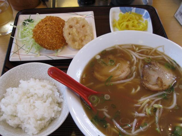 ラーメン定食\(^o^)/
