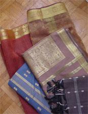 06.01_saris.jpg