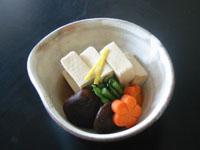 美味しい出汁をたっぷり含んだ 高野豆腐♪
