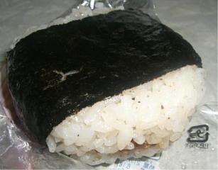 牛ステーキおむすび(マヨ入り)