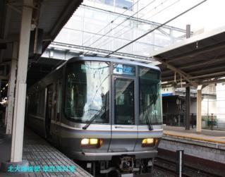 京都駅遅延中の新快速 1
