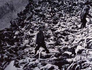 ユダヤ 人 虐殺 理由 ユダヤ人はなぜ、ナチス・ドイツの標的にされたのか