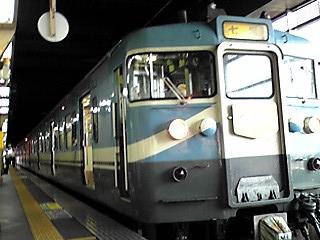 七尾線普通電車