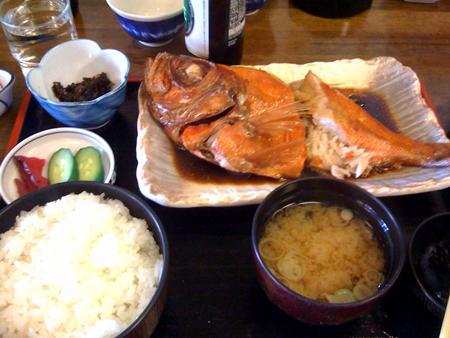 鯛の煮魚定食