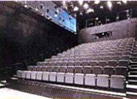 img_theater21.jpg