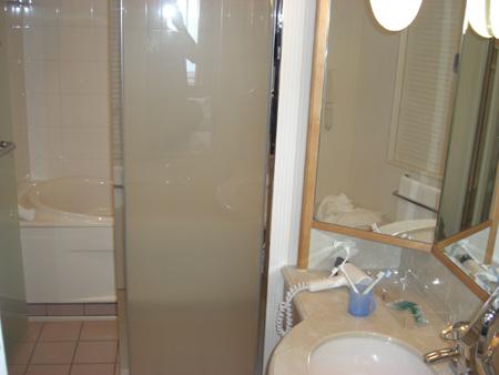 洗い場別のバスルーム