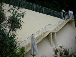 上からの階段・・・