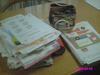 プリント用の棚に入っていた書類、ミックスペーパーゴミ