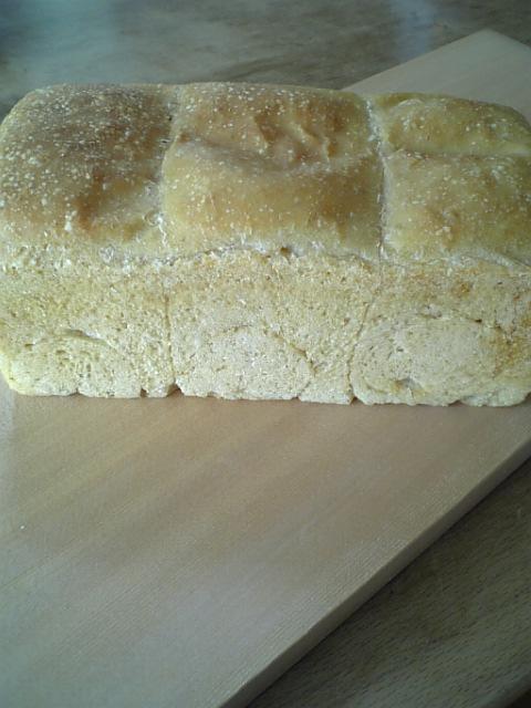 レーズン酵母食パン