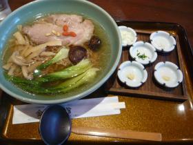水戸・金龍菜館の「水戸藩ラーメン」3