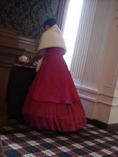 ドレスお姉さん
