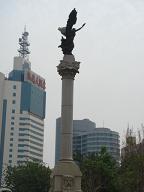 マルコポーロ広場