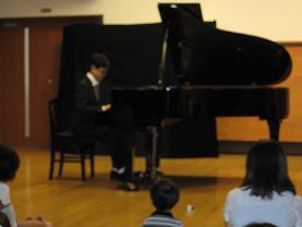 ピアニスト 002